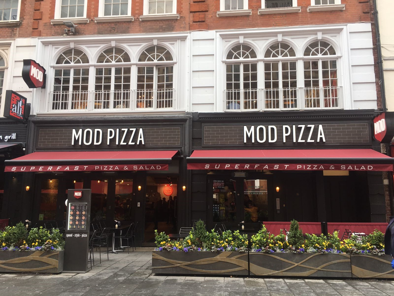 Mod Pizza West End Live Leicester Square